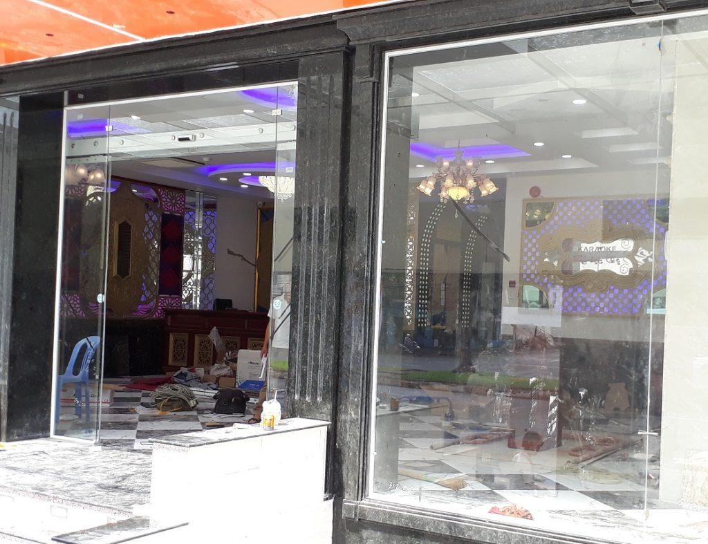 Cửa tự động KTH K-2 - Khách sạn Phúc Lộc thọ 0012