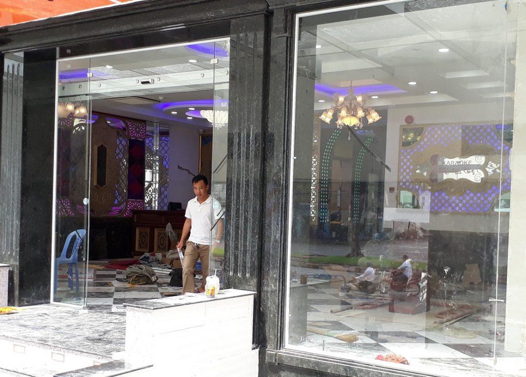 Cửa tự động KTH K-2 - Khách sạn Phúc Lộc thọ 0013