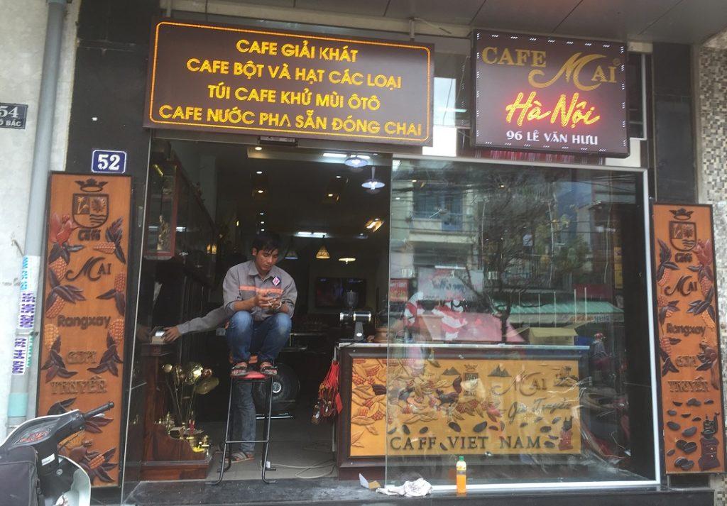 Cửa tự động quán cafe MAI